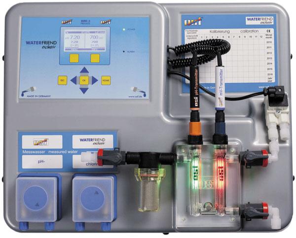 Автоматическая дозирующая.установка Waterfriend-3 рН/Redox/Cl (OSF), модель с 3 насосами, применение третьего наса, даёт возможность регулировать pH в обоих направлениях или дозировать коагулянт, без поддонов для канистр